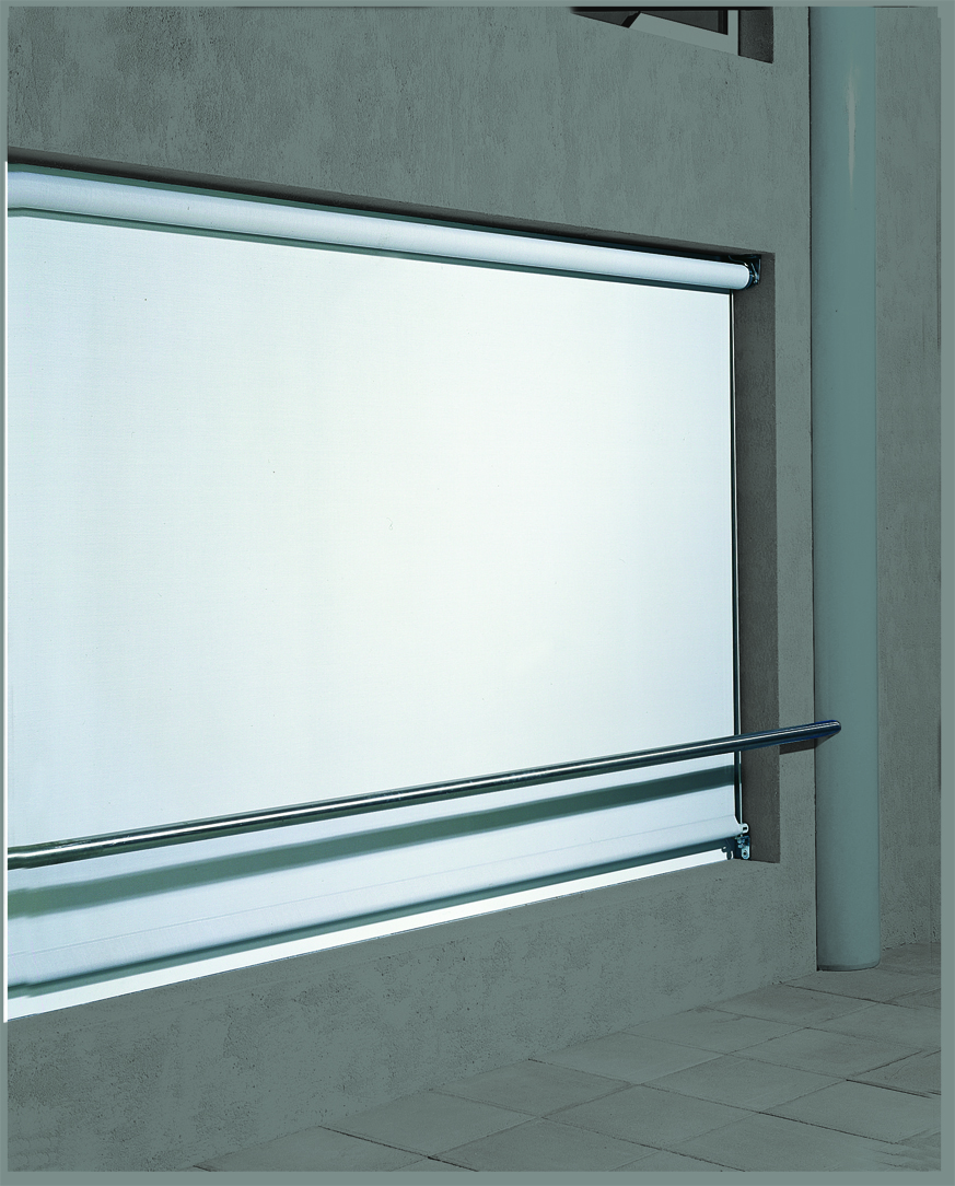 store fenêtre extérieur 1